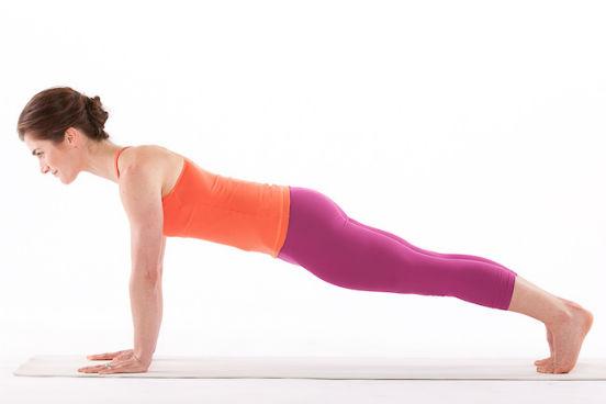 Какие упражнения можно делать в домашних условиях, чтобы укрепить мышцы рук?